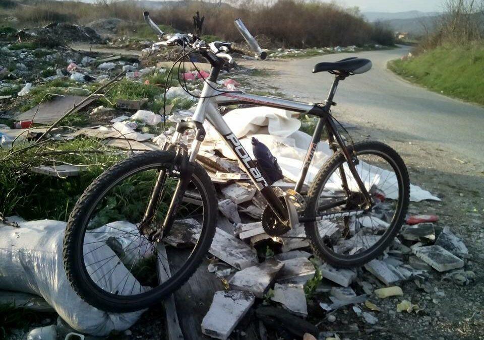 Foto izazov: Aktivno proljeće, biciklom mapiraj smeće!