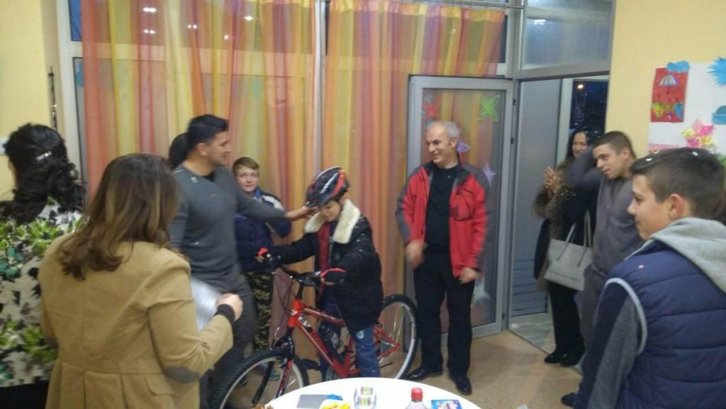 Korisniku Centra za prava djeteta Crne Gore dodjeljen bicikl